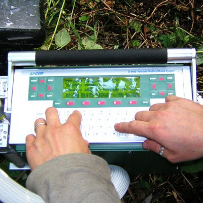 LI-COR-PORTABLE PHOTOSYNTHESIS SYSTEM LI-COR LI 6400 : Equipement for measuring gas exchange in leaves