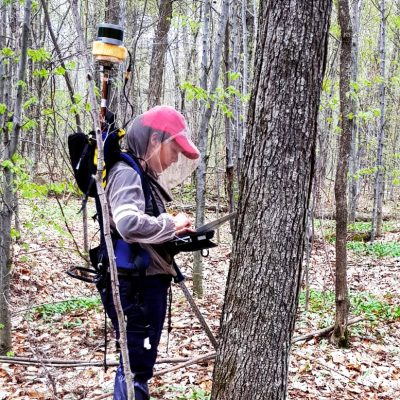 Portable LiDAR : Carried in a backpack, this sensor can quickly measure the diameter of several hundred trees in a few minutes