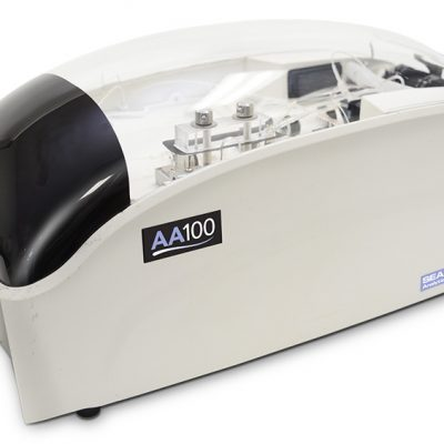Segmented flow analyzer AA100 Seal Analytical : Ammonia and nitrate analysis